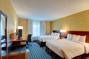 Room - Fairfield Inn & Suites by Marriott MetroCenter Nashville