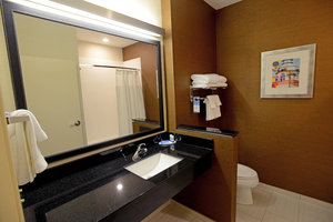 Room - Fairfield Inn & Suites by Marriott Bowling Green