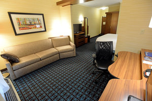 Suite - Fairfield Inn & Suites by Marriott Bowling Green