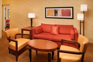 Suite - Courtyard by Marriott Hotel Worthington Columbus