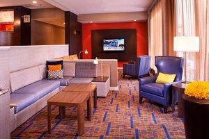 Lobby - Courtyard by Marriott Hotel Miamisburg