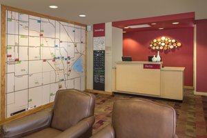 Lobby - TownePlace Suites by Marriott Southeast Denver
