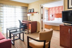 Suite - Courtyard by Marriott Hotel Clive