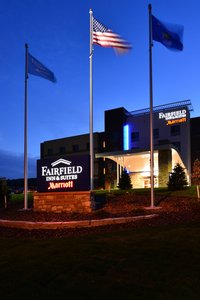Fairfield Inn Amp Suites By Marriott Eau Claire Wi See