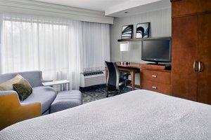 Room - Courtyard by Marriott Hotel Paramus