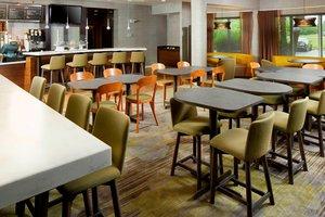 Restaurant - Courtyard by Marriott Hotel Raritan Center Edison