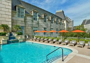 Pool - Hotel Crescent Court Dallas