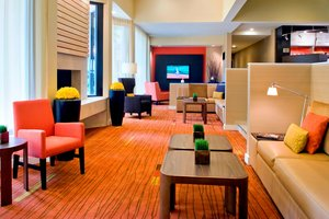 Lobby - Courtyard by Marriott Hotel Red Bank