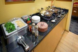 Restaurant - TownePlace Suites by Marriott Joplin