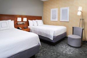 Suite - Courtyard by Marriott Hotel North Lexington