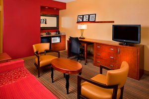 Suite - Courtyard by Marriott Hotel Airport Orlando