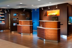 Courtyard By Marriott Hotel Miami Lakes Fl See Discounts