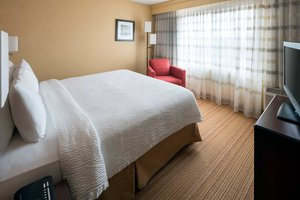 Suite - Courtyard by Marriott Hotel Pleasant Hill