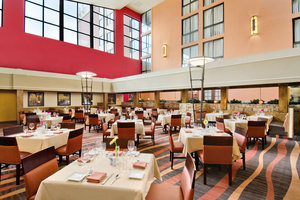 Restaurant - Crowne Plaza Hotel Denver Airport