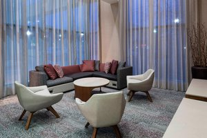 Lobby - Courtyard by Marriott Hotel Downtown Omaha
