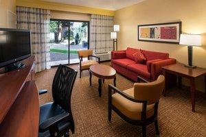 Suite - Courtyard by Marriott Hotel Mesa