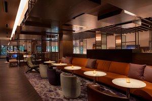 Bar - Hotel EMC2 Magnificent Mile Chicago