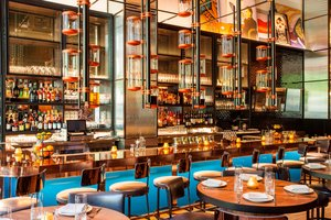 Restaurant - Hotel EMC2 Magnificent Mile Chicago