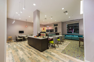 Bar - TownePlace Suites by Marriott Woodfield Mall Schaumburg