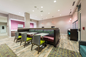 Restaurant - TownePlace Suites by Marriott Woodfield Mall Schaumburg