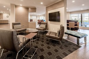 Lobby - TownePlace Suites by Marriott Cleveland