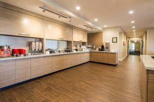 Restaurant - TownePlace Suites by Marriott Cleveland