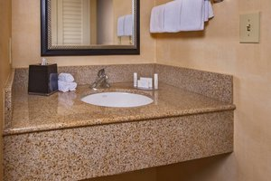 Room - Courtyard by Marriott Hotel North Silver Spring