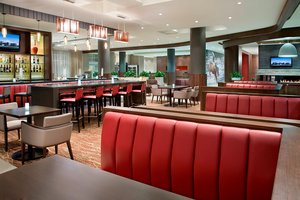 Restaurant - Courtyard by Marriott Hotel Airport Calgary