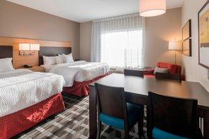 Suite - TownePlace Suites by Marriott Hays