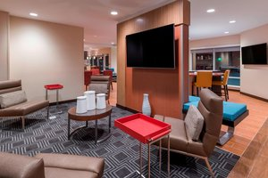 Lobby - TownePlace Suites by Marriott Hays