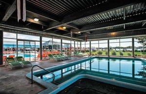 Pool - Holiday Inn Waterfront Spring Lake