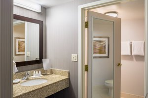 Room - Courtyard by Marriott Hotel Downtown Providence