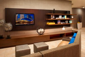 Lobby - Courtyard by Marriott Hotel River North Chicago