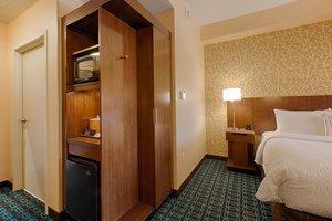 Room - Fairfield Inn & Suites by Marriott Clearwater Beach