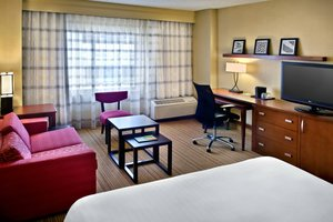Room - Courtyard by Marriott Hotel Jersey City