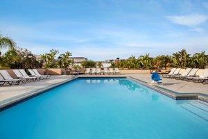 Pool - Crowne Plaza Hotel San Pedro