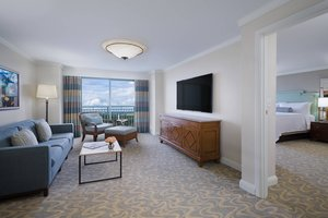 Suite - JW Marriott Grande Lakes Resort Orlando