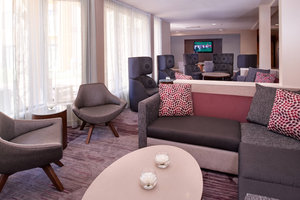 Lobby - Courtyard by Marriott Hotel Downtown St Louis