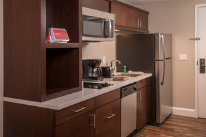 Suite - TownePlace Suites by Marriott Altoona