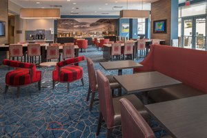 Restaurant - TownePlace Suites by Marriott Altoona