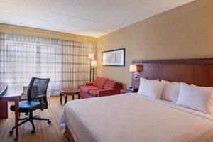 Room - Courtyard by Marriott Hotel Marlborough