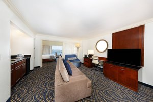 Suite - Annapolis Waterfront Hotel