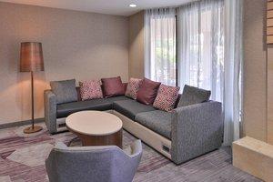 Lobby - Courtyard by Marriott Hotel Northeast Columbia