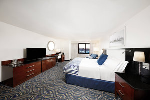 Room - Annapolis Waterfront Hotel