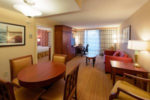 Suite - Courtyard by Marriott Hotel North Canton