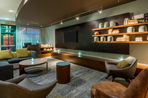 Bar - Courtyard by Marriott Hotel Downtown Chattanooga