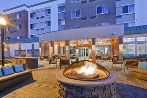 Courtyard by Marriott Hotel Central Islip, NY - See Discounts