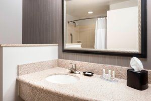 Room - Courtyard by Marriott Hotel Columbia Airport