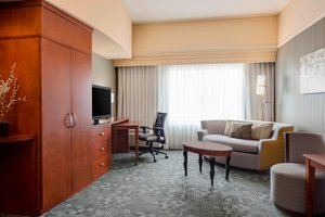 Suite - Courtyard by Marriott Hotel Columbia Airport