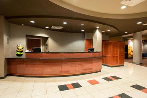 Lobby - Courtyard by Marriott Hotel West Chester